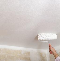 Comment rechampir entre mur et plafond ?